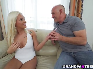 Young Blonde Daisy Lee Takes Stepdads Cock 720p