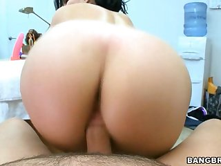 Hot Older Babe Is Stud With Wet Blow Job