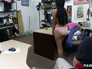 Cute Amateur Pawns Her Pussy And Fucked